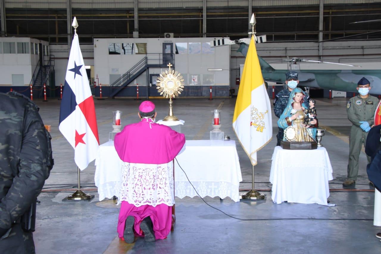 """Arzobispo Metropolitano: """"que el  Señor siga bendiciendo y sacando la 'nobleza' de este pueblo  panameño"""